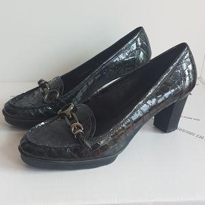 STUART WEITZMAN Patent Croc Heeled Loafer …